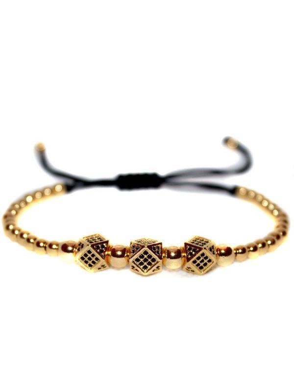 Queen Bracelet Gold, Male Diamond Bracelet, 4 Carat Diamond Bracelet, Diamond Bracelet Designs, Diamond Wrist Chain, Wearing Bracelets, Mens Bead Bracelet Set, Tennis Bracelet Meaning, White Bead Bracelet Mens, Tennis Bracelet Real Diamonds